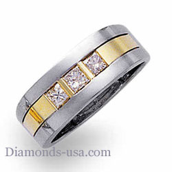 0.45 CARATS Three princess cut Man Diamond ring