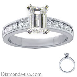 Engagement ring with 0.40 carat Round diamonds