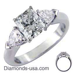 Engagement ring with Pear Shape side diamonds