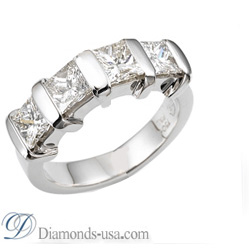 1 carat four Princess cut diamons Anniversary ring
