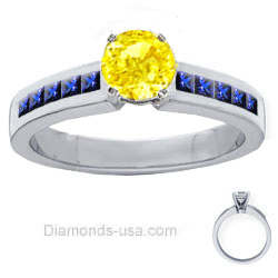 0.9 Carats, Round, Engagement ring with side stones settings