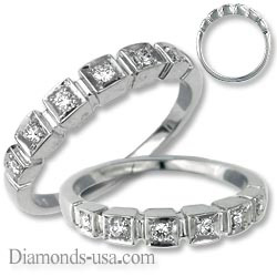 Princess and Round Diamond stairs ring