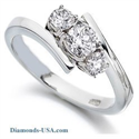 Picture of Embracing three Diamonds ring