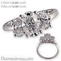 Foto Anillo de compromiso, de diamantes ovalados de tres piedras, garras compartidas.  de