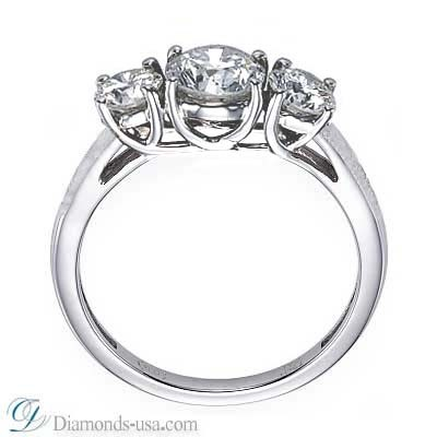 Three stones diamond CrissCross ring