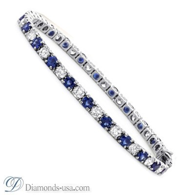 Tennis Bracelet with round diamonds and Sapphires