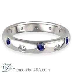 Anillo de boda con diamantes y zafiros azules, 3,7 mm.