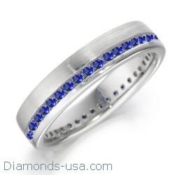 Alianza de boda con zafiros azul real redondos
