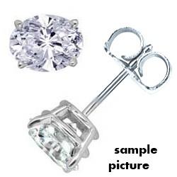 Oval  diamonds stud earrings