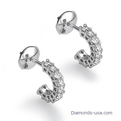 Diamond hoop earrings, 0.50 carats.