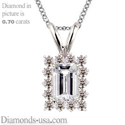 Cluster pendant for Emerald or Radiant diamonds
