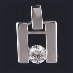 Pendiente de diamante para hombres