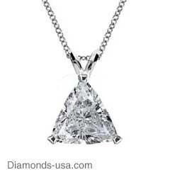 Engastes de colgante solitario con diamantes triangulares.