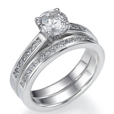 Set nupcial de diamantes Princesa laterales de 0,55 Ct