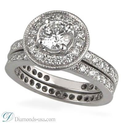 Juego de anillos nupciales con diamantes redondos laterales