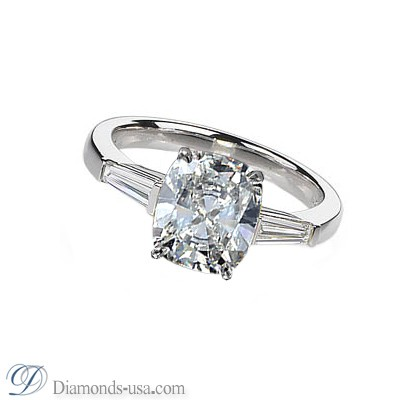 Two side tapered Baguettes diamond ring