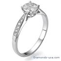 Foto Anillo de compromiso con diamantes laterales con apariencia de 1 quilate de