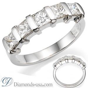 Anniversary ring, 1.25 carats Princess diamonds.