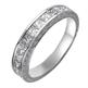 Foto Alianza de boda grabada a mano con diamantes Princesa. de