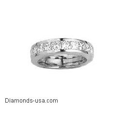 Wedding band with 1.35 carat Princess diamonds