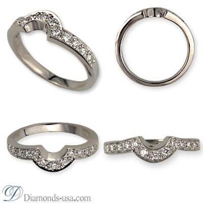 Wedding ring with 0.25 carat diamonds