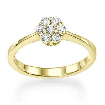 7 diamonds engagement ring