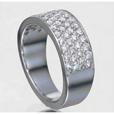 Anillo de boda de 1 quilate con cuatro filas de diamantes en engaste Pavé