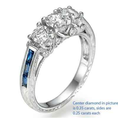 Anillo de compromiso, estilo antiguo con tres diamantes