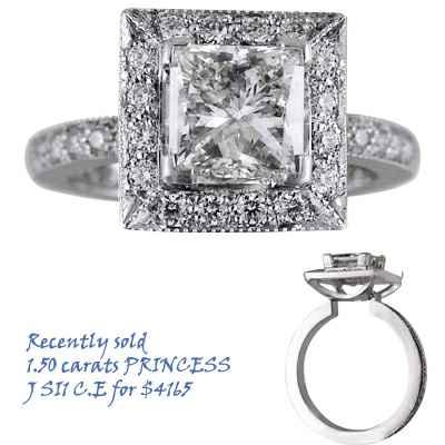 Anillo de compromiso de Desiners, diamante lateral de 0,46 quilates