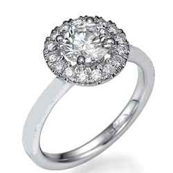 Halo ring head engagement ring