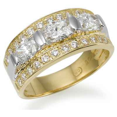 Designers three stones oval diamond ring