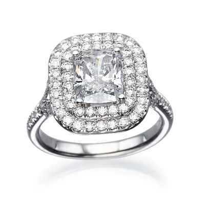 Anillo de compromiso Double Halo, diamantes de 0.70 quilates
