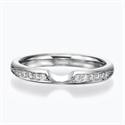 Foto Anillo de boda o aniversario con diamantes laterales de