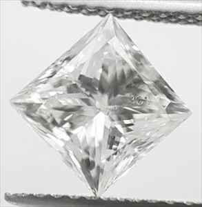 Foto 1.61 Carats, Princess Diamond with Ideal Cut , E SI1, Certified By IGL de