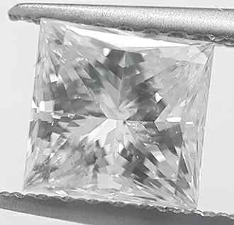 Picture of 1.12 Carats, Princess Diamond with Ideal Cut G SI1 Certified by IGL