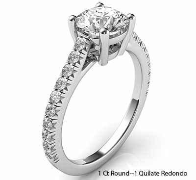 El nuevo anillo de compromiso de estilo Tiffany con diamantes laterales