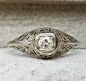 Foto Anillo de compromiso Art Deco genuino de la década de 1920 con diamante natural de 0,20 quilates de