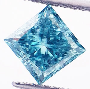 Picture of 1.05 carat, Princess natural diamond Fancy Sky Blue SI1 color and clarity enhanced
