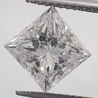 Picture of 2.58 Carats, Princess natural diamond with ideal cut, E color, SI1 clarity and certified by IGL