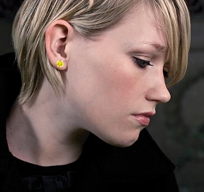 1.80 total Carat, natural diamonds, Fancy vivid yellow earrings, SI1