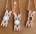 Foto Colgante MOM, diamantes y esmalte de
