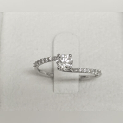Ready to ship 0.30 +0.12 carat diamonds F SI2