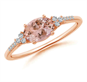 Picture of Morganite and diamonds engagement ring