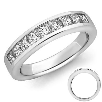 Princess diamonds wedding band, 1.50 carats