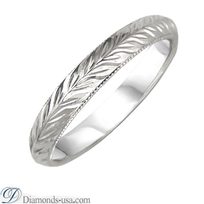 3mm Hand engraved Knife Edge Woman's wedding band.