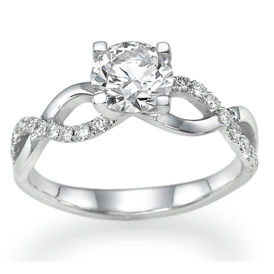 0.7 Carats, Marquise, Engagement ring with side stones settings