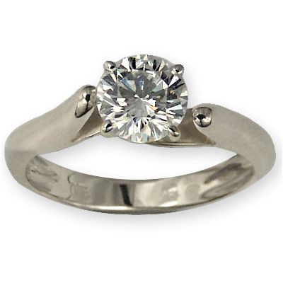 0.24 Carats, Round, Engagement ring, solitaire diamond