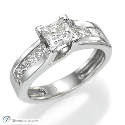 Engagement ring with 0.92 carat side Princess