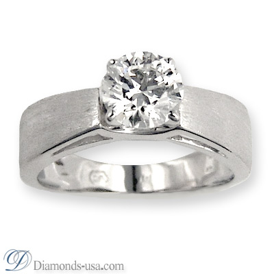 0.33 Carats, Triangle, Engagement ring, solitaire diamond