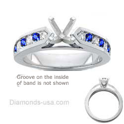 0.3 Carats, Princess, Engagement ring with side stones settings